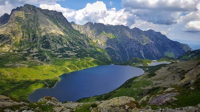 Internetowe oferty turystyczne w Zakopanem – dlaczego są godne uwagi?