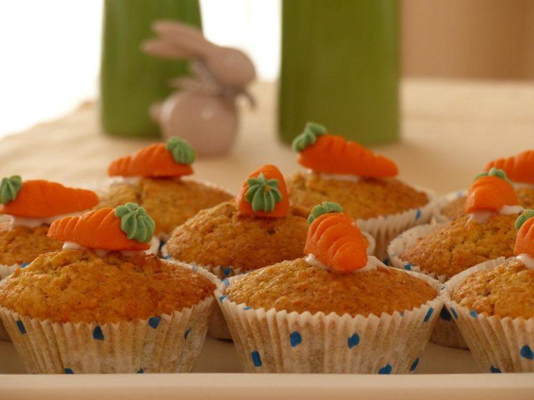 Wypieki i słodkości, których nie może zabraknąć na świątecznym stole